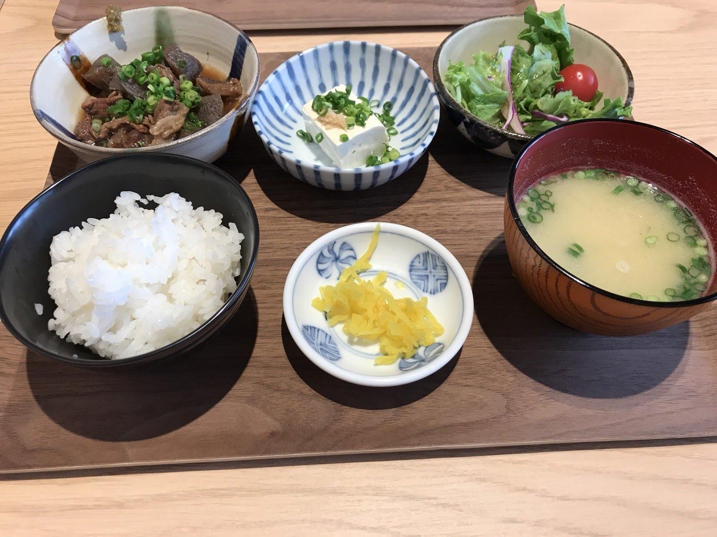 六本松のチロル食堂